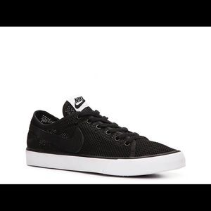 Nike Primo Court Mesh Sneaker (Women's 5.5)
